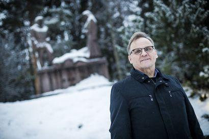 Isän tarinoista jäi jälki sisimpään – Yrjö Säkkisen työssä koskettavinta on veteraanien tapaaminen