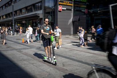 Liikkuminen kaduilla sähköistyy – sähköpotkulaudat ovat yksi merkki liikkumisen murroksesta