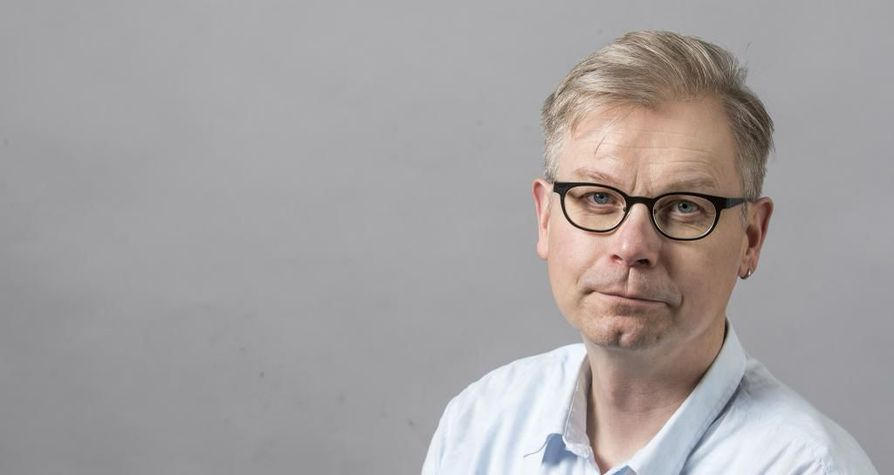 Petri Laukka toteaa, että ei ole yksityisasia, missä valtio-omisteisen yhtiön taisteluajoneuvoesitteitä levitellään.