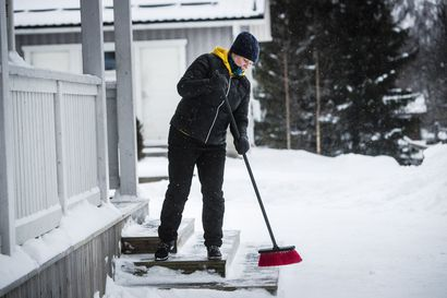 """""""Olen ihan kysymysmerkkinä, miten kinkkiseksi elämä menee"""" – Katri Heralan koti on Torniossa ja työpaikka Ruotsin Haaparannalla"""