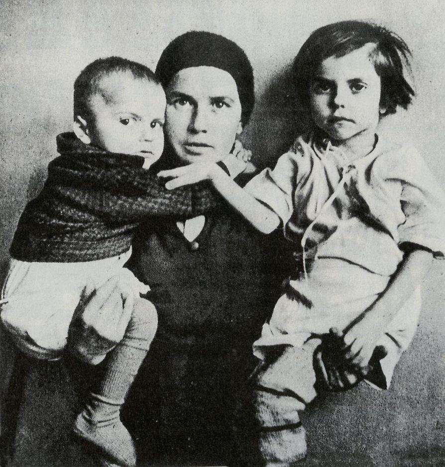 Johannes  ja Maria pääsivät takaisin Suomeen äiti Paraskeva Rantalan sylissä. Kuusivuotias Maria kuoli vankeuden heikentämänä 24. 6.1940.