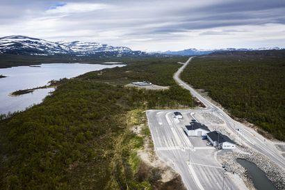 Suomen ja Norjan välisten raja-asemien aukioloajat poistuvat ensi maanantaina – rajan saa ylittää jälleen ympäri vuorokauden