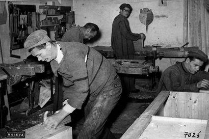 Vanhat kuvat: Karuja tunnelmia Oulun vankilasta – katso minkälaisia sellit olivat vuosikymmeniä sitten
