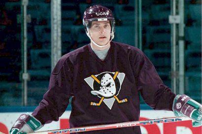 """Teemu Selänne odottaa NHL-kauden jatkoa - """"Omituista jos järjestetään ilman yleisöä"""""""