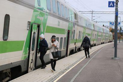 Junaliikenne yhä poikki Tampereelta etelään, junamatkustajia pyydetään varautumaan merkittäviin viivästymisiin