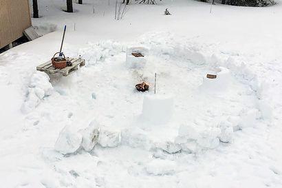 """Kittilän yläkoulussa otettiin lumi hyötykäyttöön etäopetuksessa """"On niin paljon lunta, sitä ei vain aina tule hyödynnettyä"""""""