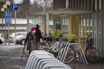 Oulun koronatilanne kääntyi parempaan päin, mutta Länsi-Pohjan ja Pohjois-Ruotsin paheneva tilanne huolettaa – Pohjois-Pohjanmaalla ja Kainuussa epidemia yhä perustasolla