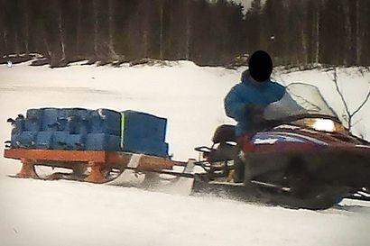 Nuuskaa rahdattiin kelkalla ja veneellä Väylän yli Suomen puolelle – Tulli paljasti yli kaksi tonnia salakuljettaneen porukan