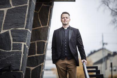 """Seurakuntalaiset ovat puhuneet: Rovaniemen uusi kirkkoherra on Ilari Kinnunen – """"Pitäähän se oman seurakunnan pappia äänestää"""""""