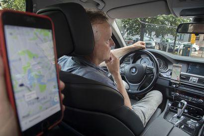 Uber saa jatkaa Suomessa entiseen malliin – Lontoossa kyydinvälityspalvelun jatkolupa evättiin