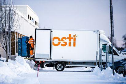 Mielenosoittajien uhka pakotti Postin siirtämään rekrytointitapahtuman pois Helsingin keskustasta – Huonon julkisuuden takia Postilla on pulaa jouluapulaisista