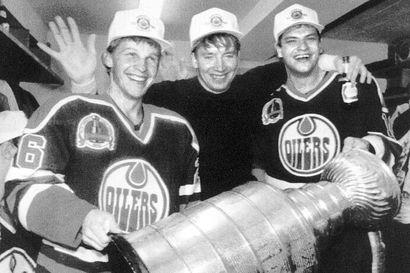 Jari Kurrilla ja Edmonton Oilersilla oli näytön paikka 30 vuotta sitten - Stanley Cupin voitto tuli ilman Wayne Grezkya
