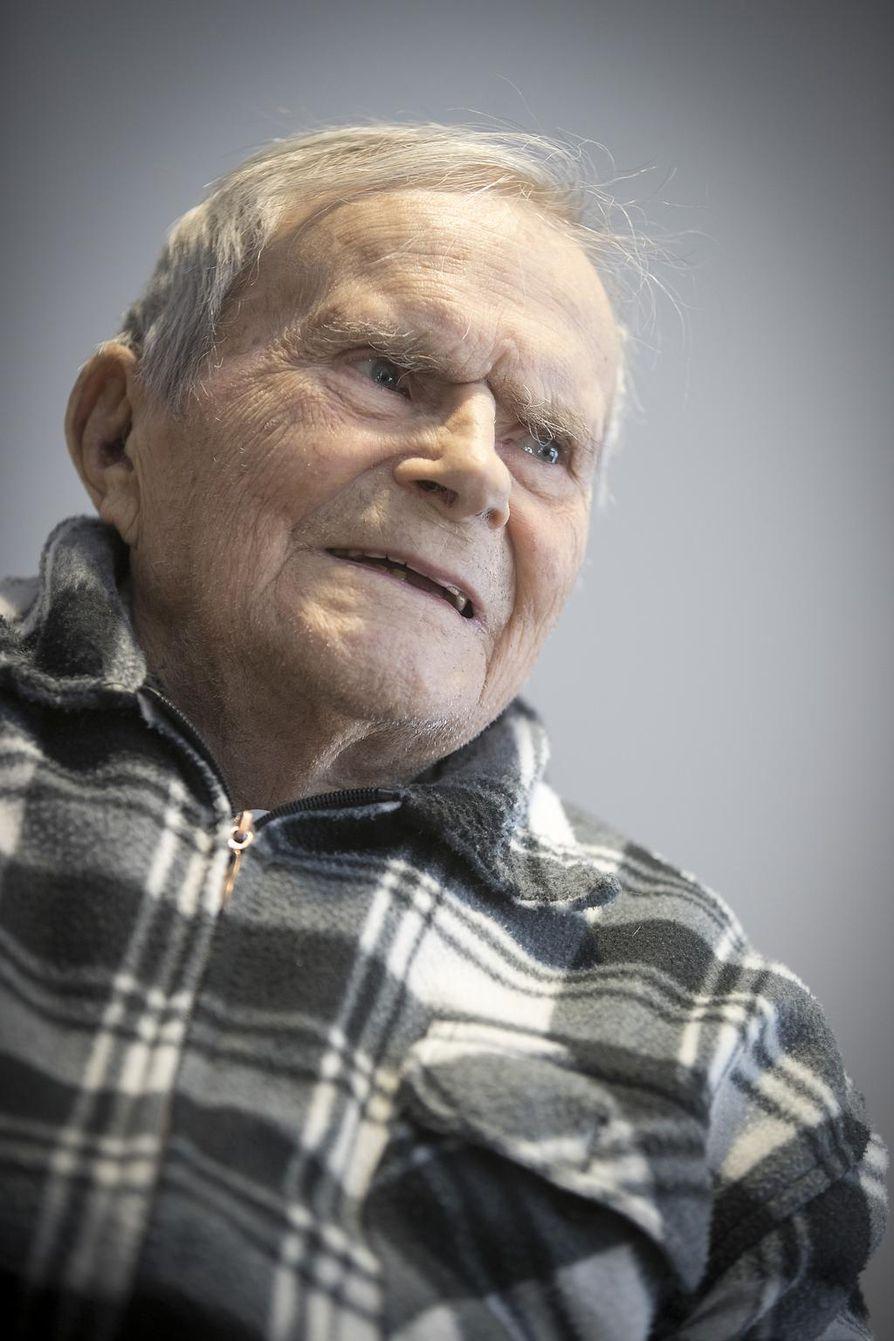 Presidentin vaalit: Kaarlo Manelius, joka on elänyt kaikkien pressojen aikana