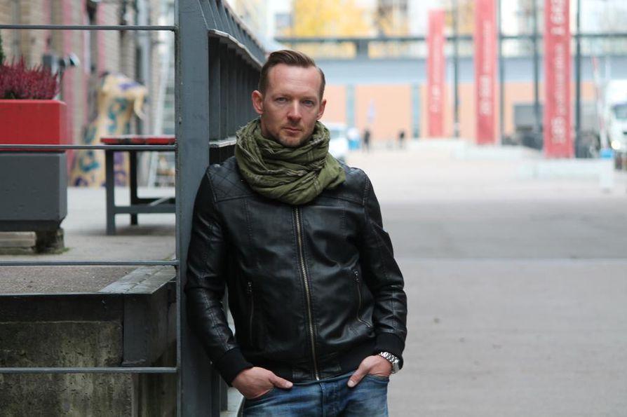 Pihlajakadun Sebastian Vuorelana suomalaisten tuntema Jarkko Nyman haluaisi päästä Patela-yhtyeen kanssa esiintymään kotikaupunkiinsa
