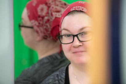 Väärästä diagnoosista kohti parempaa – Sari Koskenkorvan lapsuudessa alkanut masennus olikin kaksisuuntainen mielialahäiriö