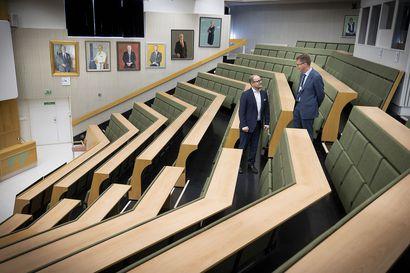 Hyvinvointialueen hallintoa rakennetaan ripeästi – Kiireestä huolimatta muutosjohtaja Ilkka Luoma toivoo kansalaiskeskustelua,  jotta aluehallinnon valmistelun linjaukset nauttivat luottamusta ja yleistä hyväksyntää