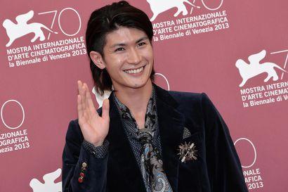 Pandemia nosti itsemurhalukuja Japanissa – kolme näyttelijää päätyi äärimmäiseen ratkaisuun