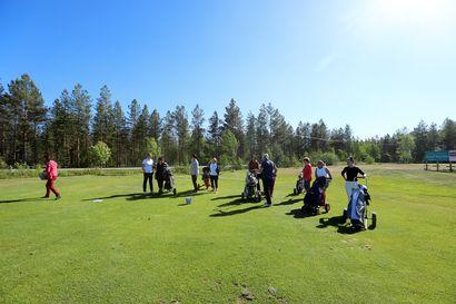 Urheilutärpit: Sunnuntaina pääsee tutustumaan golfin saloihin