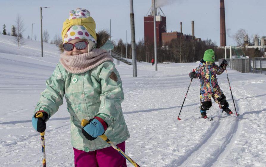 Meritulli-Heinäpään asukasyhdistyksen järjestämä perinteinen talvirieha järjestetään Heinäpään urheilukeskuksessa lauantaina. Arkistokuva.