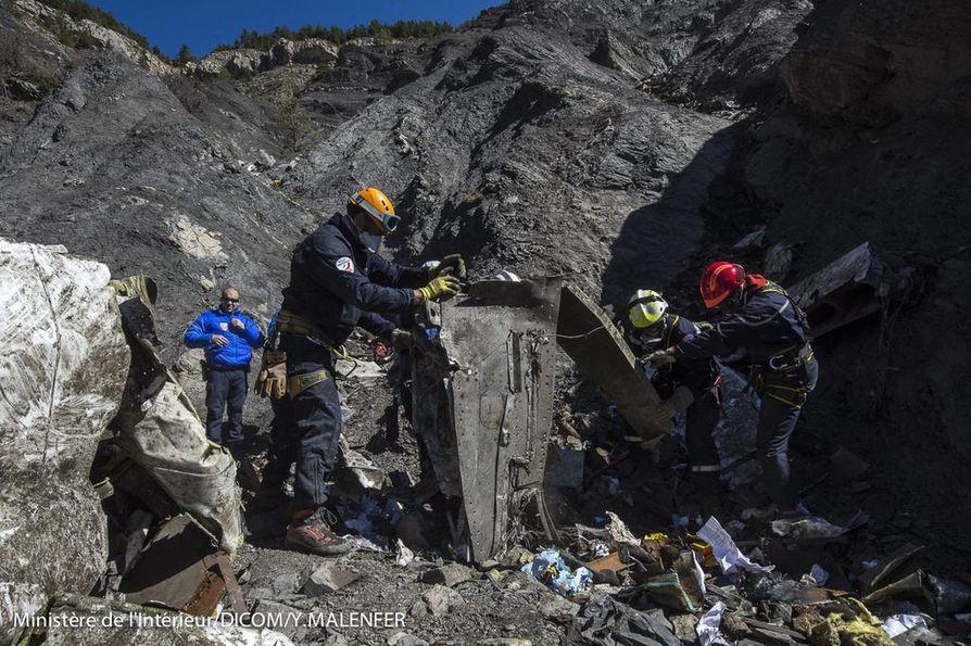 Germanwingsin kone törmäsi vuoren seinään Ranskan Alpeilla vajaa kaksi viikkoa sitten.