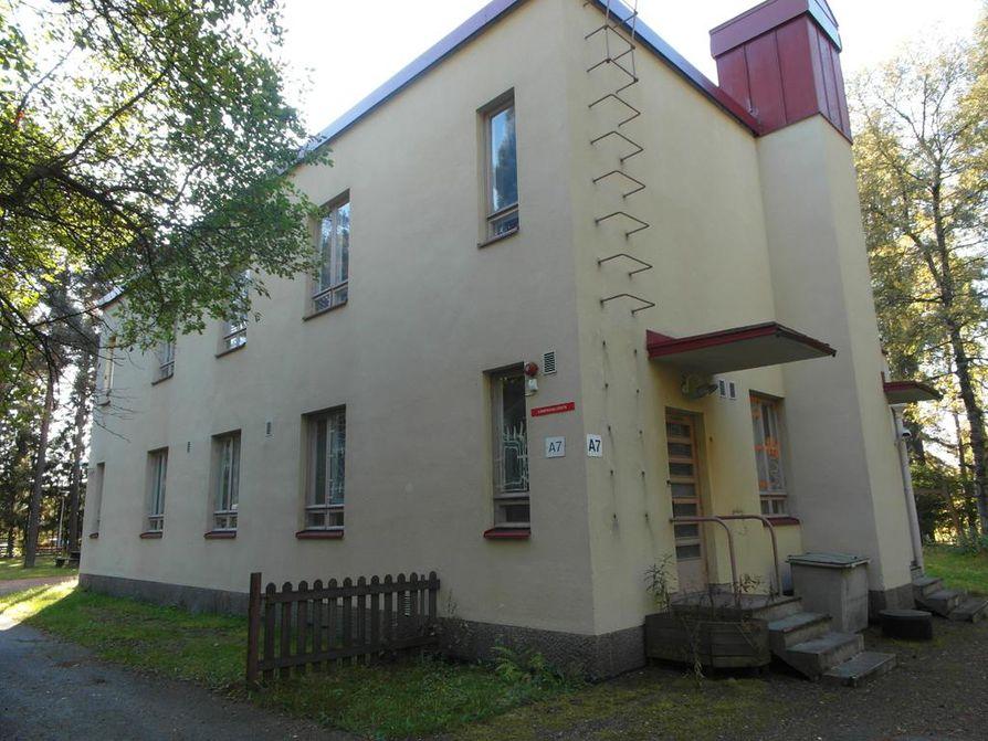 Talo olisi mahdollisuuksien paikka niin sairaalamuseolle kuin elokuvaankin liittyvälle museolle, lukija kommentoi.