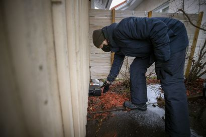 """Oulun Kastellissa asennettiin rotille ansalaatikoita – """"Huolestuttaa se, millainen rottapopulaatio alueella mahdollisesti asustaa"""""""