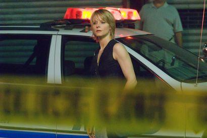 Päivän leffapoiminnat: Pahoinpidelty radiojuontaja lähtee koston tielle – Jodie Fosterin hahmon sisu ravistelee Neil Jordanin rikosdraamassa