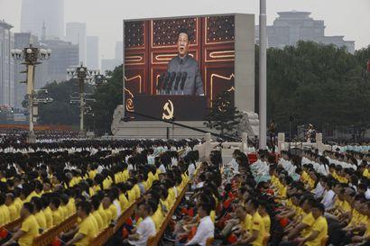Talous pitää Kiinaa vakaana – ei kuitenkaan sosialismi tai kommunismi, joita maa torstaina juhli