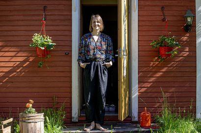 """Tanssikeskus Citydancen kasvatti Silja Tuovinen hyvästeli Berliinin-kotinsa ja toteutti haaveensa Pyhäjoella – """"Kun kerran tulin Pyhäjoelle, haluan tarjota kyläyhteisölle omaa osaamistani"""""""