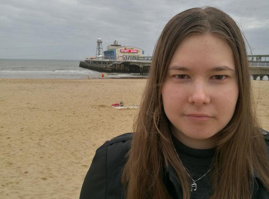 Opiskelu Bournemouthissa on Susanna Salon mukaan ajoittain raskasta, sillä päivät ovat usein pitkiä.