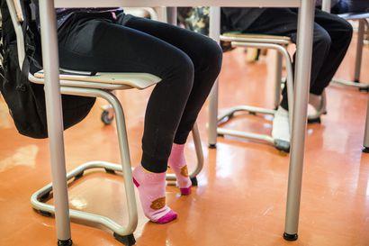 Puskaradio täyttyi vääristä tiedoista Ylikiimingissä –vartijan läsnäolo koululla sai aikaan huhumyllyn, että opettajaa olisi puukotettu