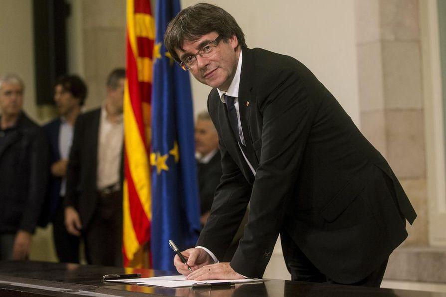 Carles Puigdemont piti tärkeäksi luonnehditun puheensa tiistai-iltana.