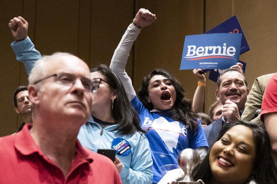 Bernie Sandersin kannattajilla oli tunnelma katossa Nevadan vaalikokouksissa.