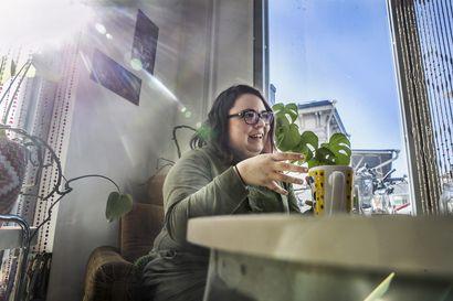 Finnish Nightmares -sarjakuvan luoja Karoliina Korhonen on Oamkin vuoden 2019 alumni