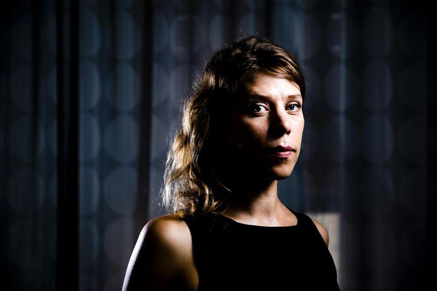 Saksalainen ohjaaja-käsikirjoittaja Nora Fingscheidt on itsekin hiukan hämmästynyt esikoiselokuvansa menestyksestä. System Crasher kahmii kansainvälisiä palkintoja ja on muun muassa Saksan Oscar-ehdokkaana.