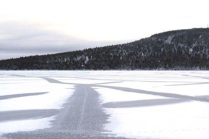 Kelkka putosi jään läpi Koutokeinossa, 79-vuotias kelkkailija hukkui – Jäät ovat vielä liian heikkoja kelkkailuun