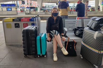 """Unkariin päivää ennen rajojen sulkeutumista – rovaniemeläinen Riikka, 25, lähti vaihtoon suunniteltua aiemmin: """"Ei minua tällä hetkellä pelota mikään, odotan uusia kokemuksia ja uutta arkea"""""""