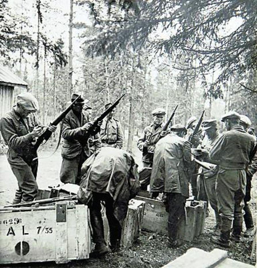 Partisaaniuhrien kuvat julkaistiin.