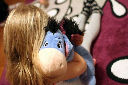 Parasta olisi turvallinen koti – korona-ajasta lapsille koituva lasku on vielä näkemättä