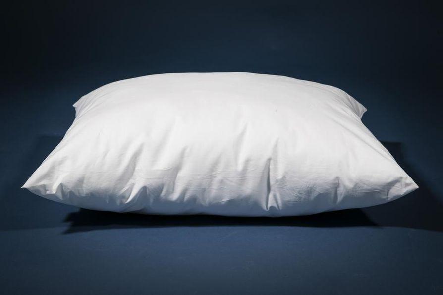 Tyyny kannattaisi vaihtaa vähintään parin vuoden välein. Tarkkaa aikamäärää on vaikea antaa, sillä uusimistarve riippuu käytöstä.
