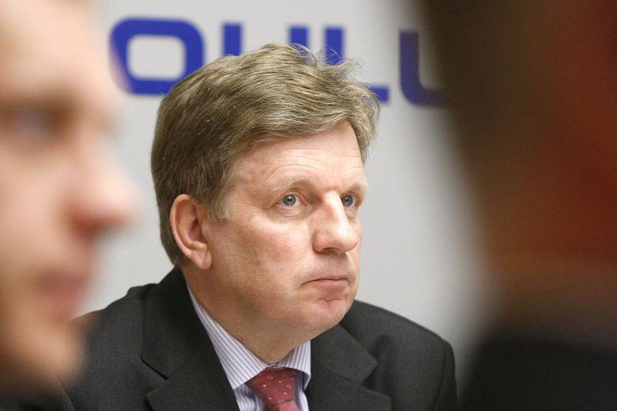Esko Aho (kesk.) on entinen pääministeri ja Nokian johtaja.