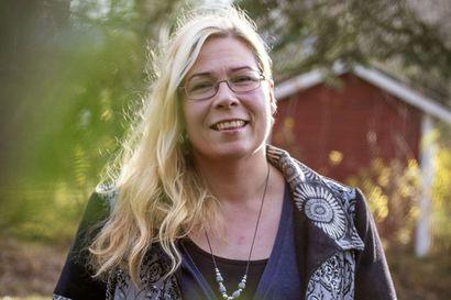 """Heidi Haataja: """"Minusta on tärkeintä, että jokaisella valtuutetulla olisi olemassa sydän, joka sykkisi myötätuntoa kuntalaisia, kunnan työntekijöitä ja muita valtuutettuja kohtaan"""""""