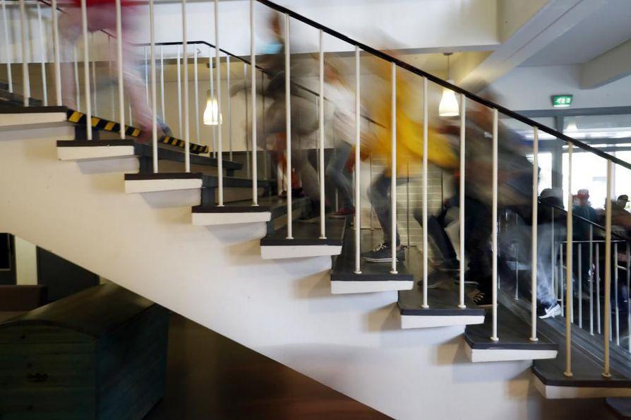 Noin 18 prosentissa suomalaisten peruskoulu- ja lukiorakennuksien kokonaispinta-aloista löytyy sisäilmaongelmia. Arkistokuva.