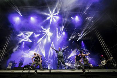 Antti Tuisku tekee paluun keikkalavalle koronasta huolimatta – Valittu kansa kuullaan ensimmäistä kertaa livenä nettikeikalla