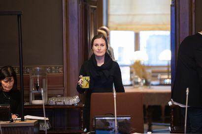 """Pääministeri Sanna Marin perustelee Uudenmaan liikkumisrajoituksen lyhyttä kestoa: """"Valmiuslain 118. pykälä on kova toimenpide"""""""