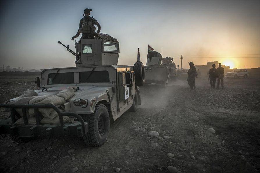 Arkistokuva viime elokuulta. Kurdien peshmerga-joukot lähtivät tukikohdastaan vapauttamaan Irakin Mosulin kaakkoispuolella sijaitsevia kyliä Isisin hallusta. Suomalaiset sotilaat ovat kouluttaneet kurdijoukkoja viime elokuusta lähtien Pohjois-Irakissa.