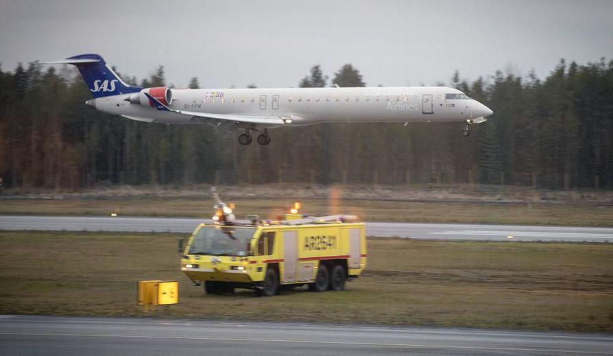 Lento Tukholmaan