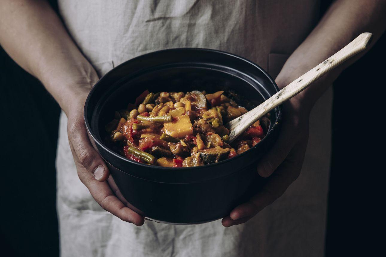 Syksyn mehevimmät ruoat hautuvat padassa – kokeile suomalaista riistaa, italialaista ragua tai mausteista marokkolaista kasvispataa