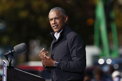 Barack Obaman muistelmateos julkaistiin – kirjasta odotetaan yhtä kaikkien aikojen myydyimmistä poliittisista muistelmista