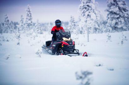 Kelkkatehdas tekee tuotantoennätyksen – Tänä vuonna Rovaniemellä valmistuu yli 20000 moottorikelkkaa
